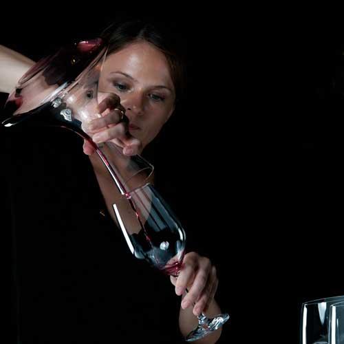 5 consejos para disfrutar del vino by Yvonne Arcidiacono